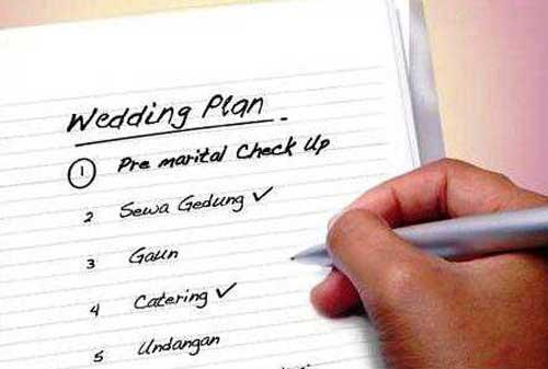 menentukan tanggal pernikahan